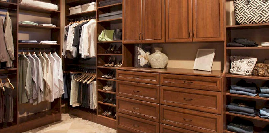 Amazing ... Custom Closets Walk In Closets | Bemidji, ...